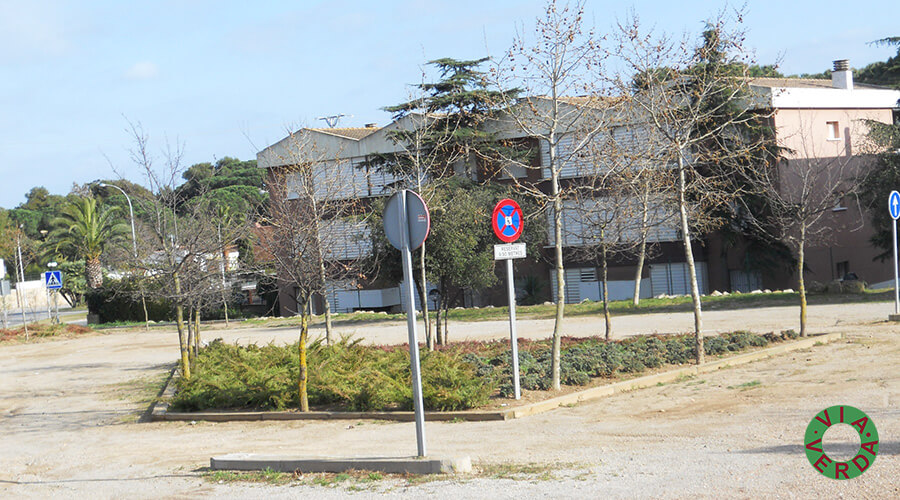Ajuntament de Palafrugell. Pista Verda, urbanització, mobiliari