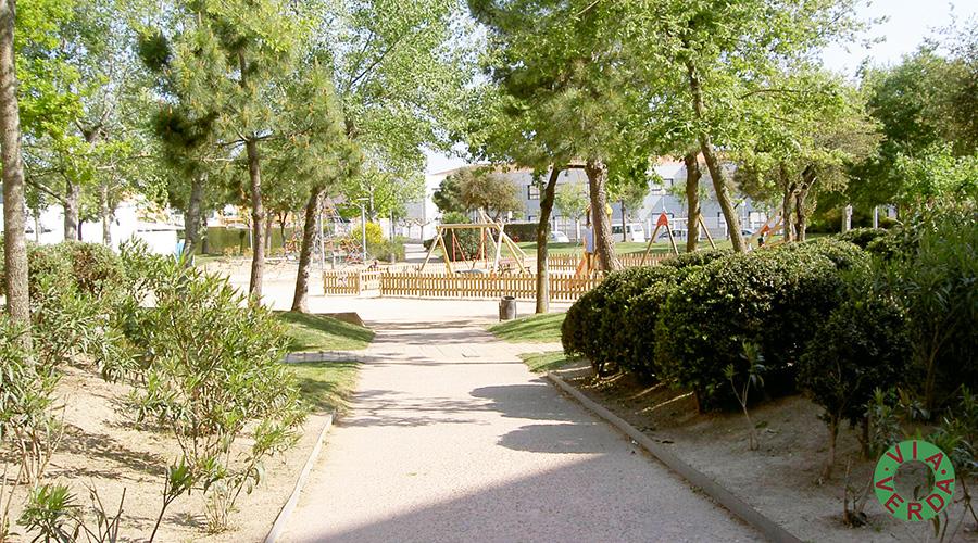 Ajuntament de Palafrugell. Urbanització Plaça, paisatgisme, reg